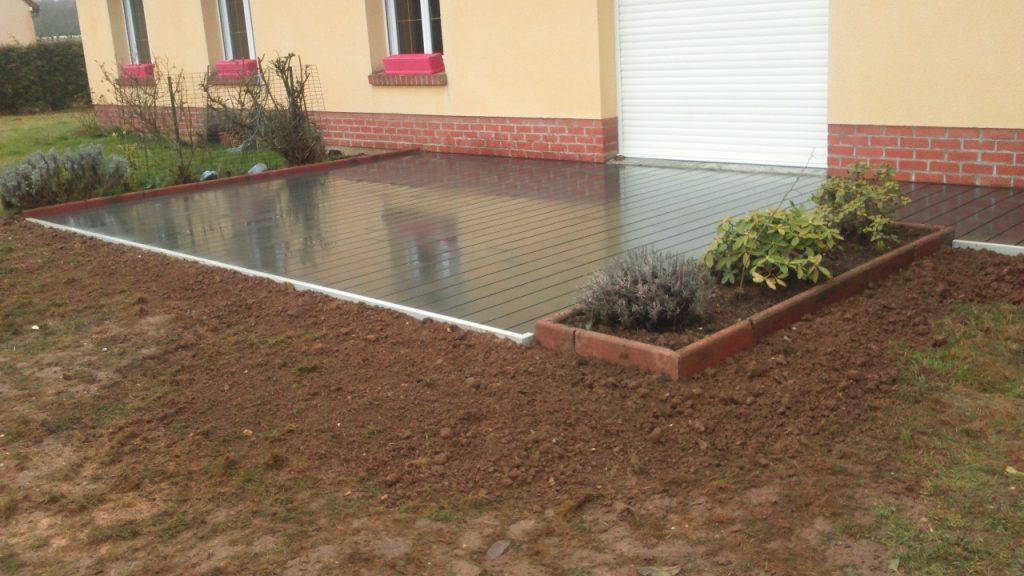 Réalisation d'une terrasse en lames composites